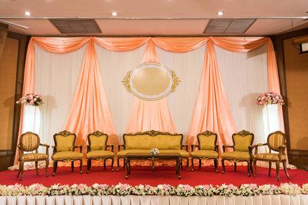 Luxury Indoor Wedding Stage Decorate With Golden Vintage Chair