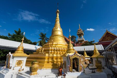 Golden pagoda of Wat Phai Lom in Koh Kred or Kret, Nonthaburi. The monastery built in the late Ayutthaya period and called by Mon people Pia To. Stock Photo