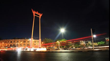 Light trail at Giant swing (Sao Ching Cha) in Bangkok, Thailand
