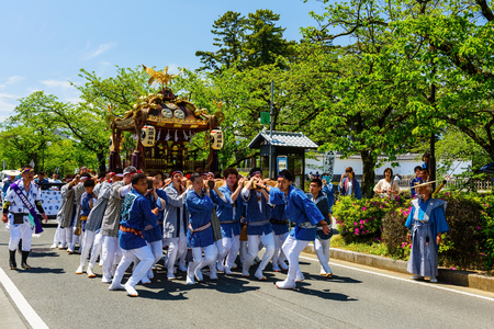 hojo: ODAWARA, JAPAN - MAY 05, 2017:Unidentified Japanese people parade portable shrines in town for praying prosperity and hapiness. This is festival tributed to Hojo Soun, brave warlord in the 16 century. Editorial