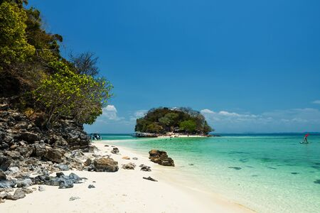 Thale waek or walking sandbank with white sand, turquoise andaman sea, and blue sky in Krabi, Thaiand. Famous tourist travel destination in summer of Southern Thai.