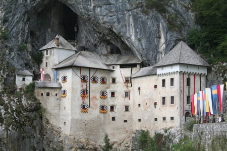 medieval Predjama castle near Postojna cave Stock Photo - 14147499