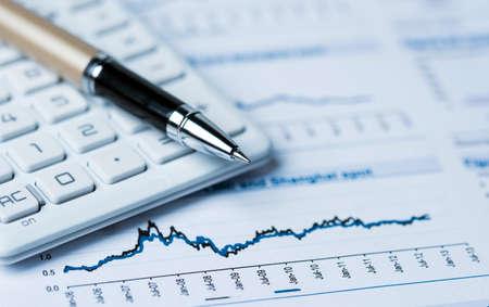 contabilidad: concepto de contabilidad financiera con gráficos y tablas