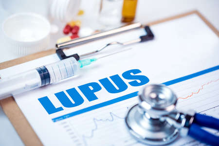 swelling: medical concept:LUPUS