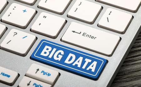 big data button on keyboard Standard-Bild