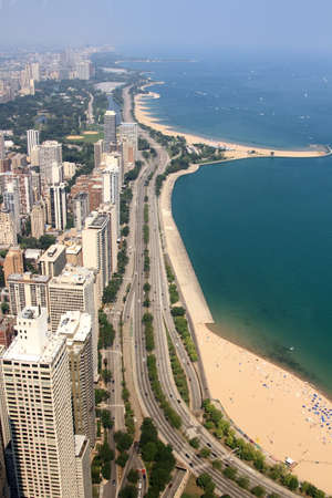 lake shore drive: View of Lake Shore Drive in Chicago
