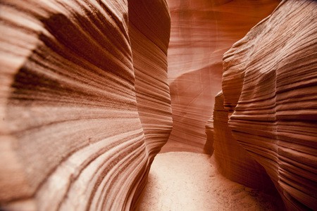 Curving Rock Walls In Antelope Canyon, Page, Arizona, United States LANG_EVOIMAGES