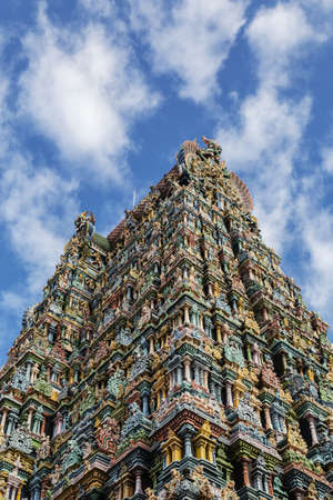Sri Meenakshi Temple against blue sky, Madurai, Tamil Nadu, India LANG_EVOIMAGES