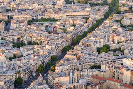 Street in Cityscape of Paris, France LANG_EVOIMAGES
