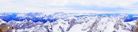 Montagne d'inverno in Italia