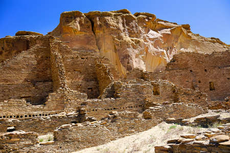 chaco: Ruins of Pueblo Bonito at Chaco Canyon Stock Photo