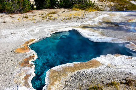 Blue Star Spring, Geyser Hill, Yellowstone National Park. Imagens