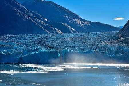 Sawyer Glacier in Tracy Arm Fjord in Alaska. Imagens