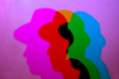 siluettes: hat color shadow