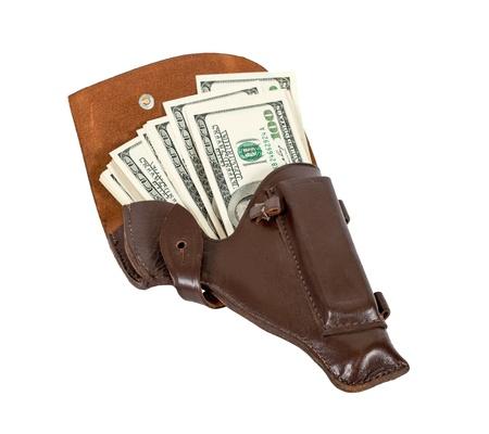 holster: Billetes de un d�lar de Estados Unidos en la funda de cuero marr�n Foto de archivo