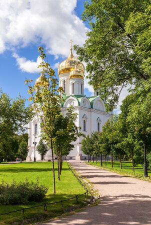 city pushkin: ST.PETERSBURG, RUSSIA - AUGUST 4, 2015: Orthodox Catherines Cathedral in Pushkin town (Tsarskoye Selo) in summer sunny day Editorial
