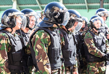 Samara, Russia - May 5, 2018: Special Forces soldiers of the police during an opposition protest rally Banque d'images - 117247612