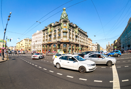 Saint Petersburg, Russia - August 10, 2018: View on Nevsky Prospeсt and former Singer House, known as the House of Books. Fisheye view of historical building on Nevsky Prospect Редакционное