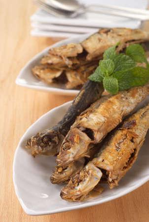 sardinas: Deviled sardinas fritas
