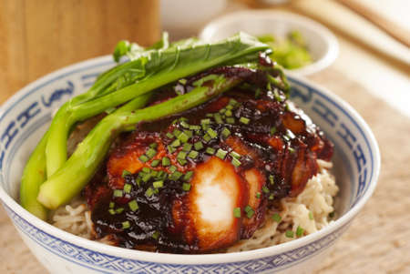 Kuching Kolo Mee w Red Meat arrosto o Char Siew