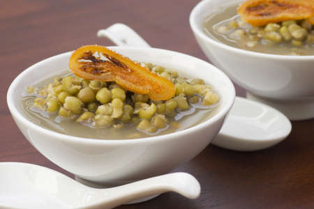 sharpen: Mung Bean Broth with Candied Orange Garnish Non sharpen file