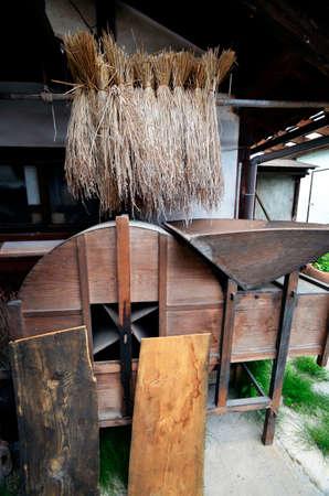 일본의 비밀의 정원과 oold 쌀 기계?