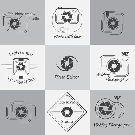 macchina fotografica: Insieme vettoriale di fotografia modelli. Icone PHOTOCAM. Fotografia, Badge e etichette set elementi di design. Icone mass media moderni. Etichette Foto. Vettoriali