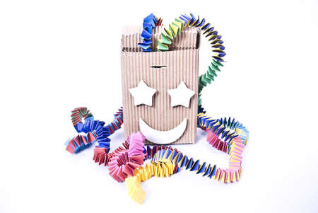 Un diablo cuadro de los juguetes que se ve desde el exterior como una caja con una manivela. Si se convierte a estos, toca una melod�a (a menudo Pop Goes the Weasel). Al final de la caja de la melod�a del salto y una figura sobre todo un payaso en un resorte salta. En la Ingl�s Foto de archivo - 5477249