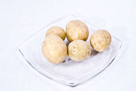 confessing: Confessing the potato (Solanum tuberosum), in parts of Germany, in Austria and Switzerland also as a potato and in the remaining German-speaking space under different regional name, is a useful plant from the family the solanum (Solanaceae) to which also