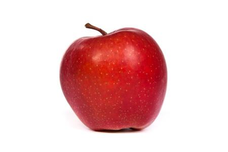 manzana roja: Un brillante manzana roja aislada en un fondo blanco