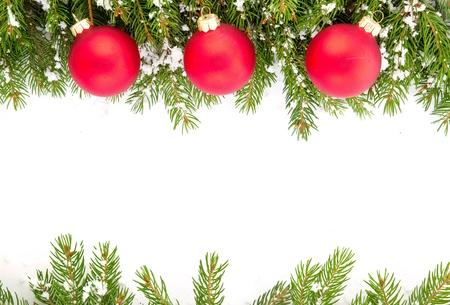 adornos navideños: Navidad marco verde aislado sobre fondo blanco