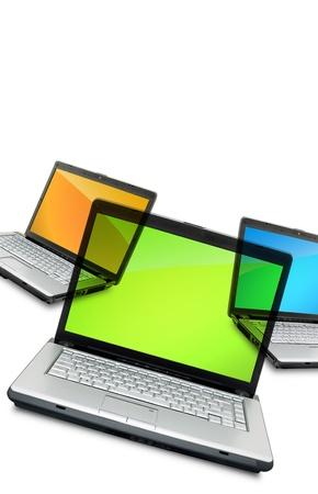 Otevřete laptop ukazuje klávesnice a obrazovky izolovaných na bílém pozadí