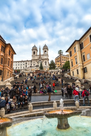spagna: ROME - CIRCA DECEMBER 2013: The Spanish Steps, seen from Spanish square (Piazza di Spagna) circa December 2013, Rome.The Spanish Steps are the widest staircase in Europe.