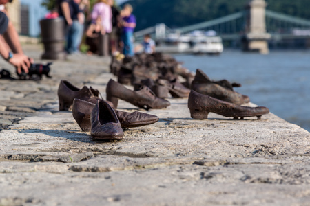 danuba: Shoes symbolizing the massacre of people shot at the river Danube in Budapest