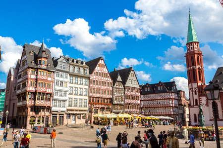 roemer: FRANKFURT, GERMANY - JULY 9: Old traditional buildings in Frankfurt, Germany  in a summer day on July 9, 2014