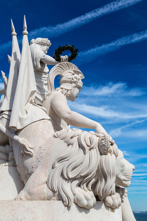 augusta: Statue on triumphal augusta arch in Lisbon in a beautiful summer day