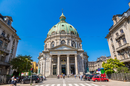 church dome: Frederiks Church, popularly known as The Marble Church  in Copenhagen, Denmark