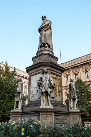 vinci: Leonado Da Vinci statue in a summer evening in Milan, Italy Editorial