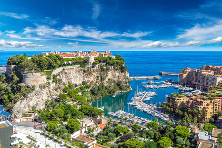 panoramic beach: Panoramic view of princes palace in Monte Carlo in a summer day, Monaco Editorial
