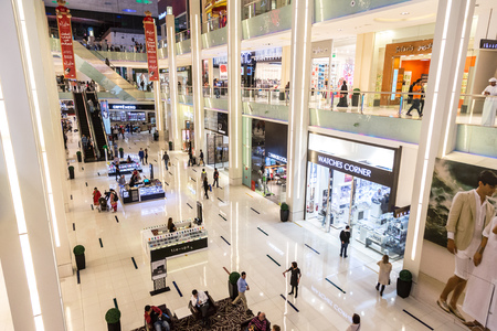 mall of the emirates: DUBAI, UAE - DECEMBER 5: Shoppers in Dubai Mall, UAE. December 5, 2015 in Dubai, United Arab Emirates