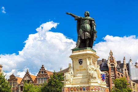 Statue of Jacob van Artevelde in Gent in a beautiful summer day, Belgium Stock Photo
