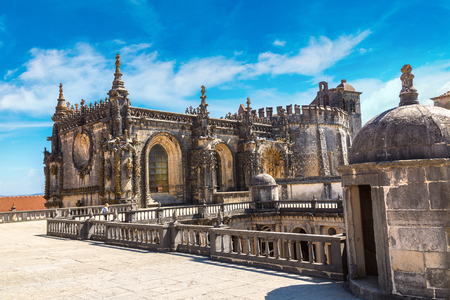 monasteri: Medieval Templar castle in Tomar in a beautiful summer day, Portugal
