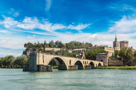 palais: Saint Benezet bridge and Palace of the Popes in Avignon in a beautiful summer day, France