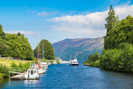 Fort Augustus and Loch Ness lake in Scotland in a beautiful summer day, United Kingdom Banco de Imagens