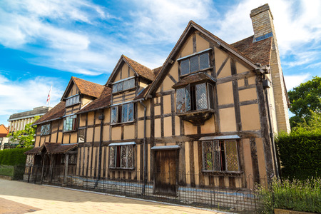 half timbered house: William Shakespeares Birthplace on Henley street in Stratford-upon-Avon in a beautiful summer day, England, United Kingdom Editorial