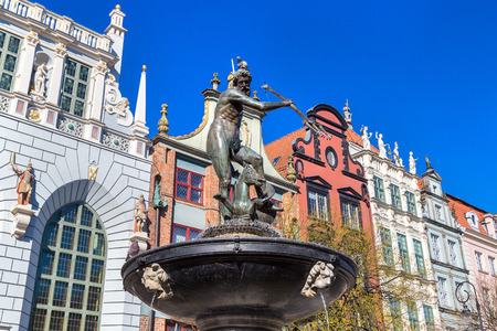 neptun: Fountain of Neptune on the Dlugi Targ Street in Gdansk, Poland in a summer day