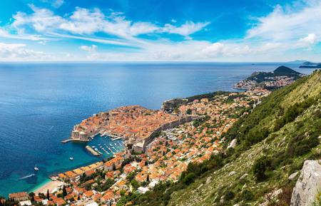 Panorama of old city Dubrovnik in a beautiful summer day, Croatia 版權商用圖片