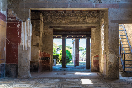 Living room in Pompeii city destroyed in 79BC by the eruption of volcano Vesuvius, Italy in a beautiful summer day Reklamní fotografie