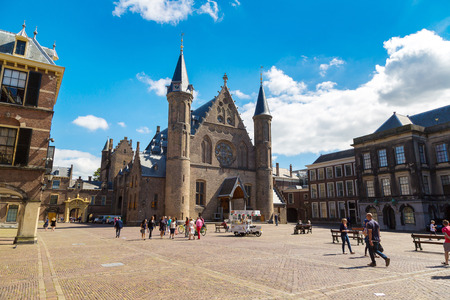 the hague: HAGUE, THE NETHERLANDS - JUNE 16, 2016: Binnenhof palace, dutch parliament in Hague in a   beautiful summer day, The Netherlands on June 16, 2016