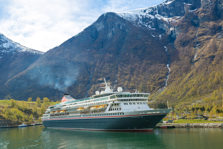 hardanger: FLAM, NORWAY - MAY 23: Cruise ship in Norway in a sunny day on May 23, 2017 Editorial